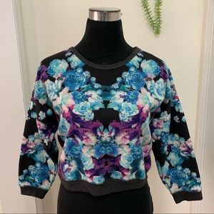 Forever21 Floral Unique Cropped Knit SweatshirtTop